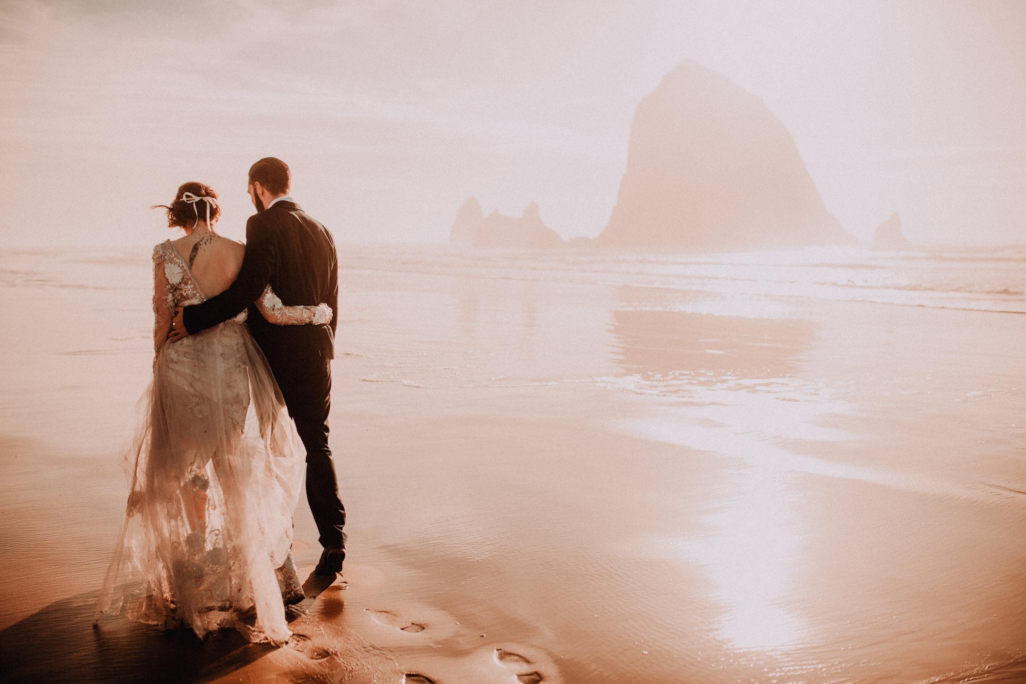 elopement-wedding-photographer-cannon-beach-23