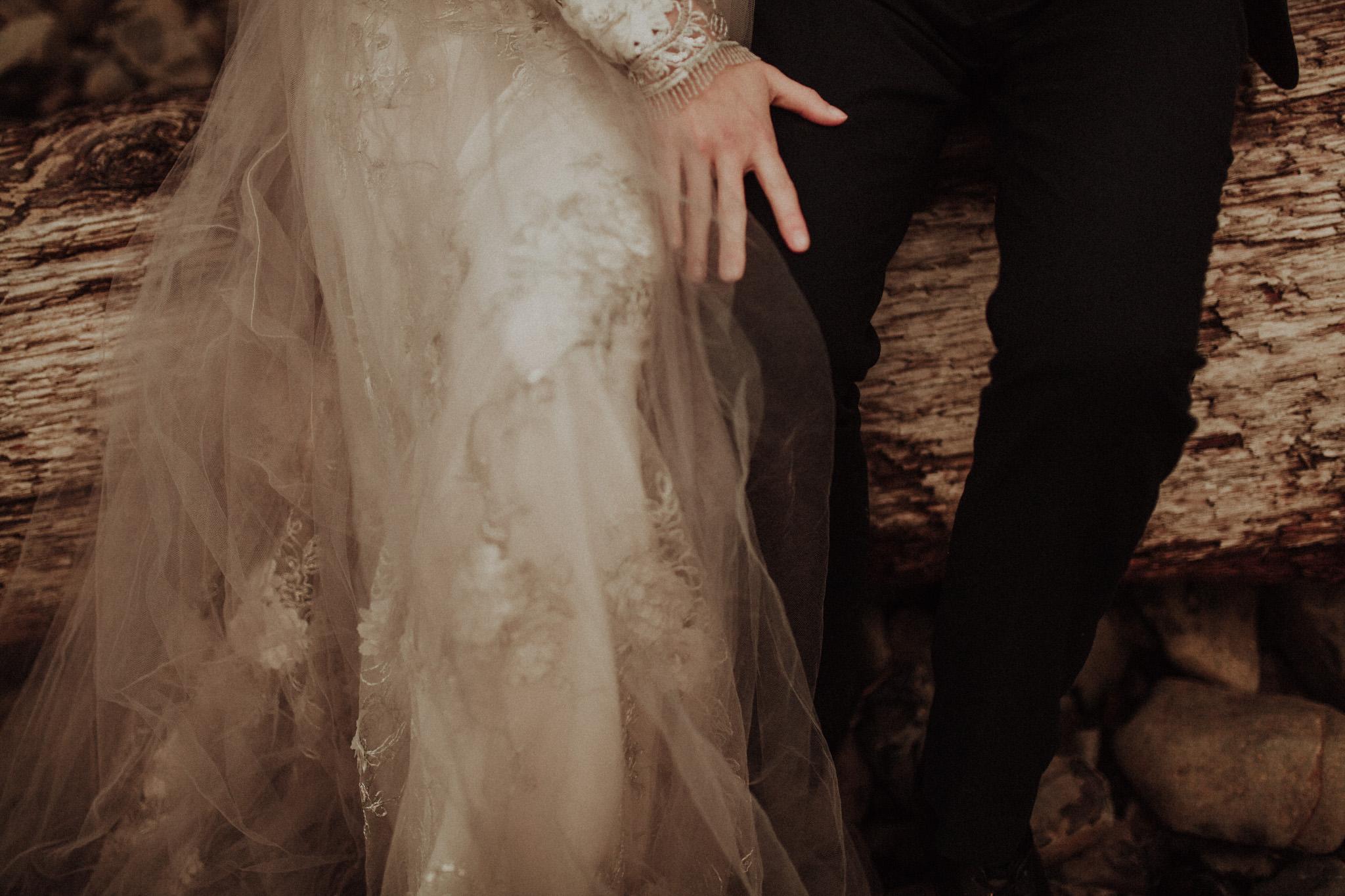 elopement-wedding-photographer-cannon-beach-33