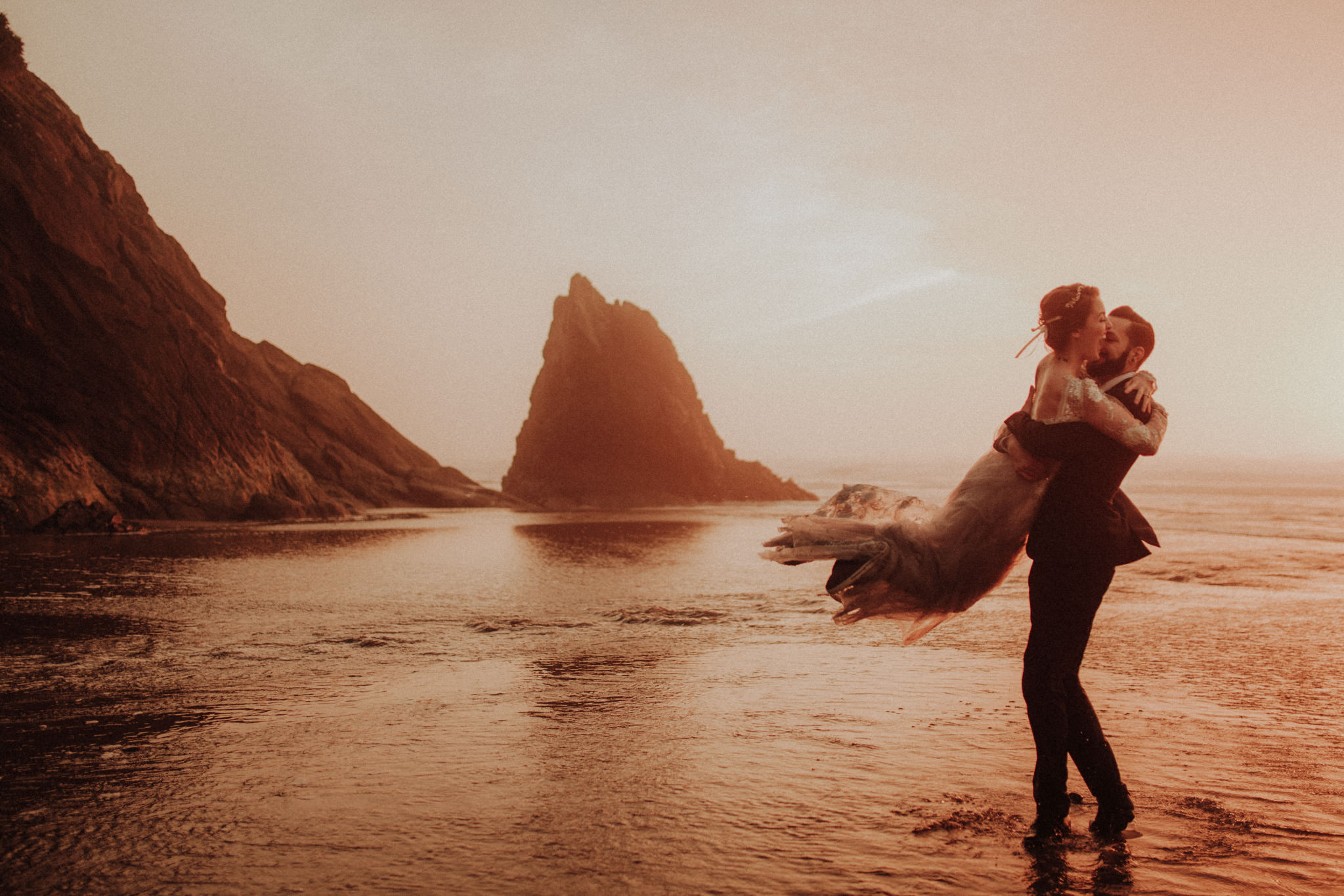 elopement-wedding-photographer-cannon-beach-38