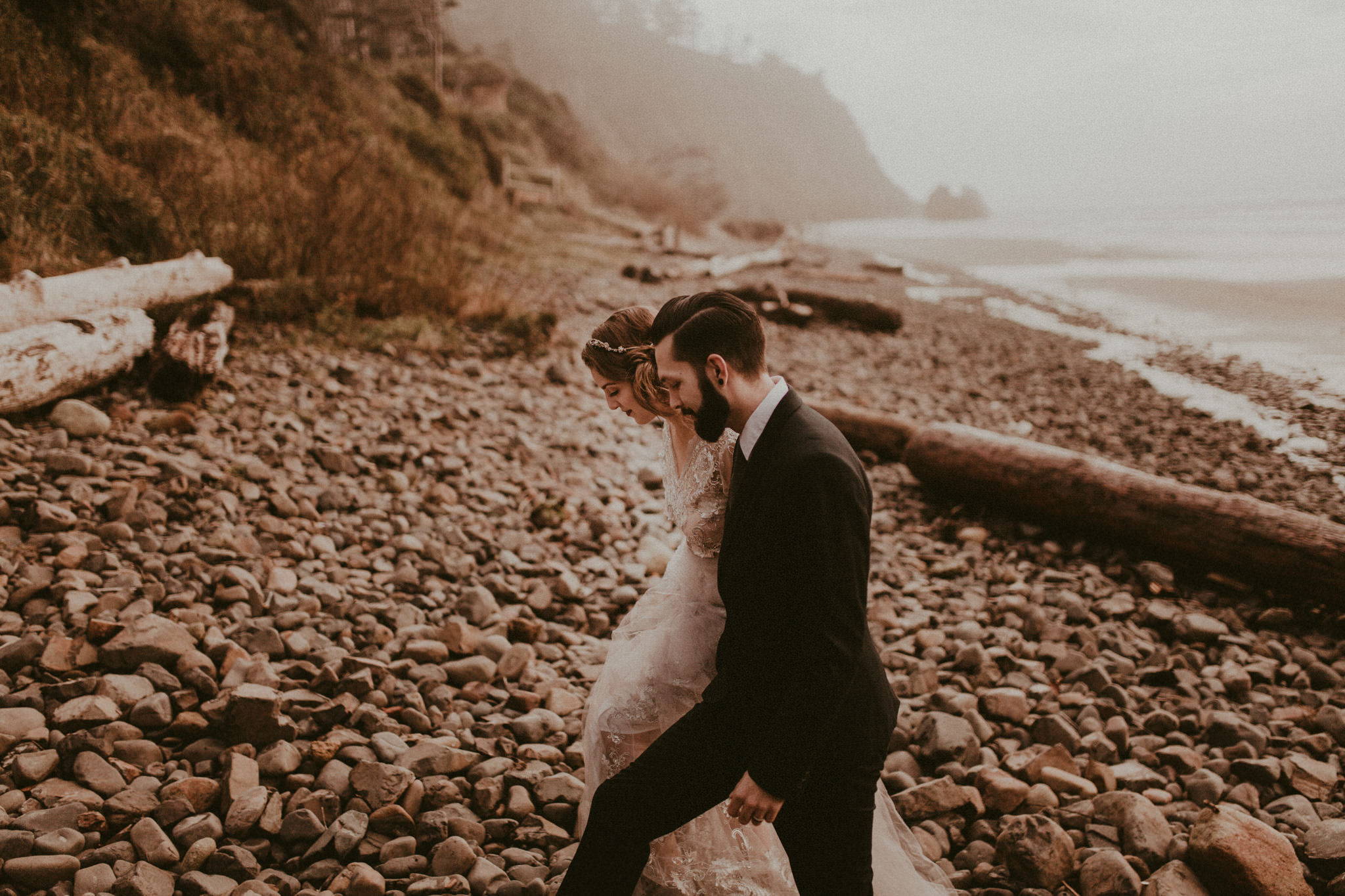 wedding-photographer-cannon-beach-oregon-15