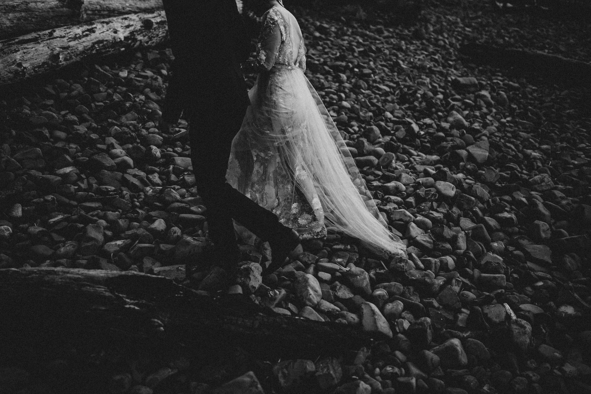 wedding-photographer-cannon-beach-oregon-17