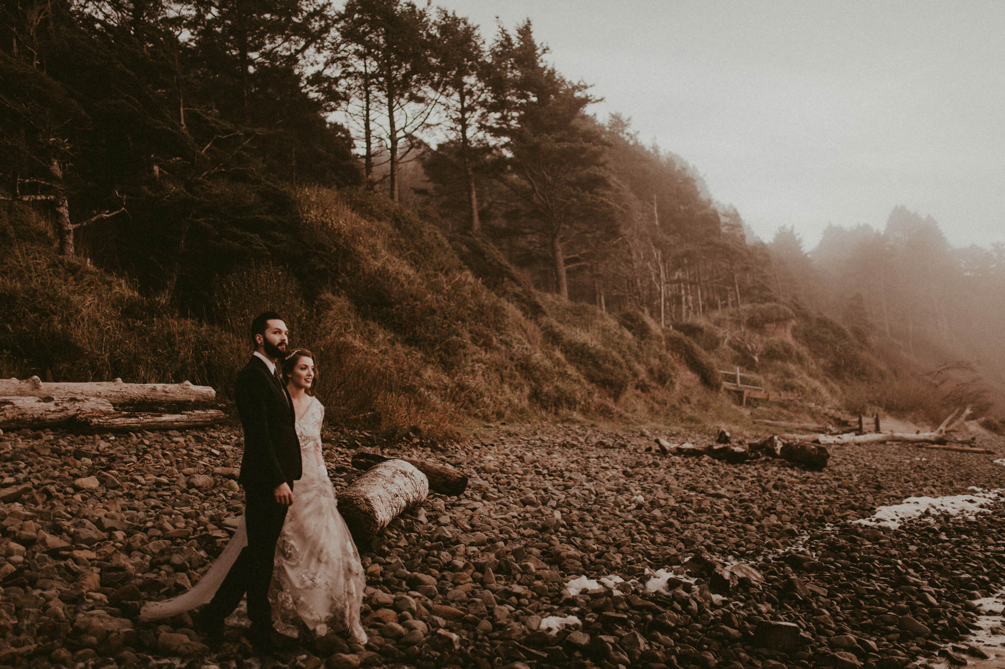 wedding-photographer-cannon-beach-oregon-20