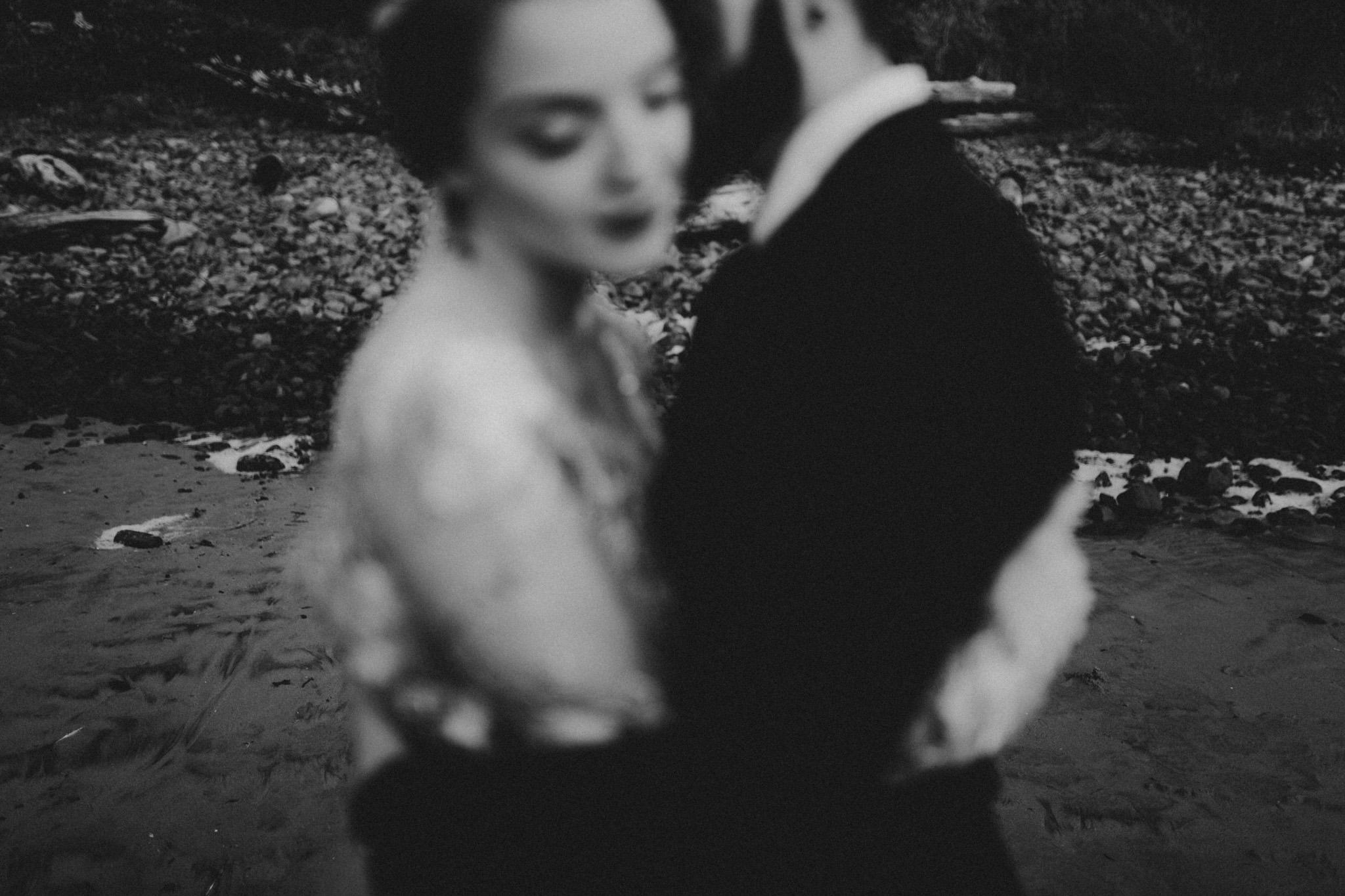wedding-photographer-cannon-beach-oregon-25