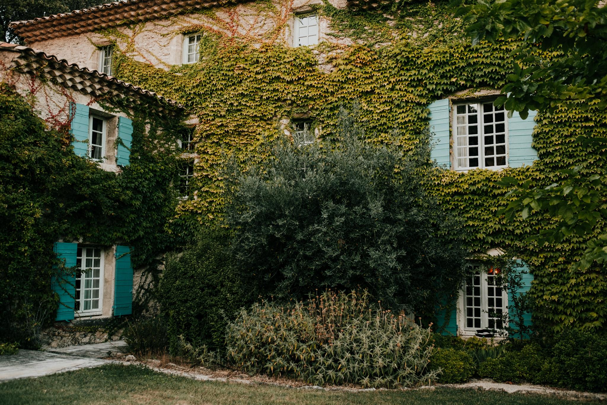 Domaine-de-la-Tuiliere-South-of-France-DonHelen-Wedding-Photographer