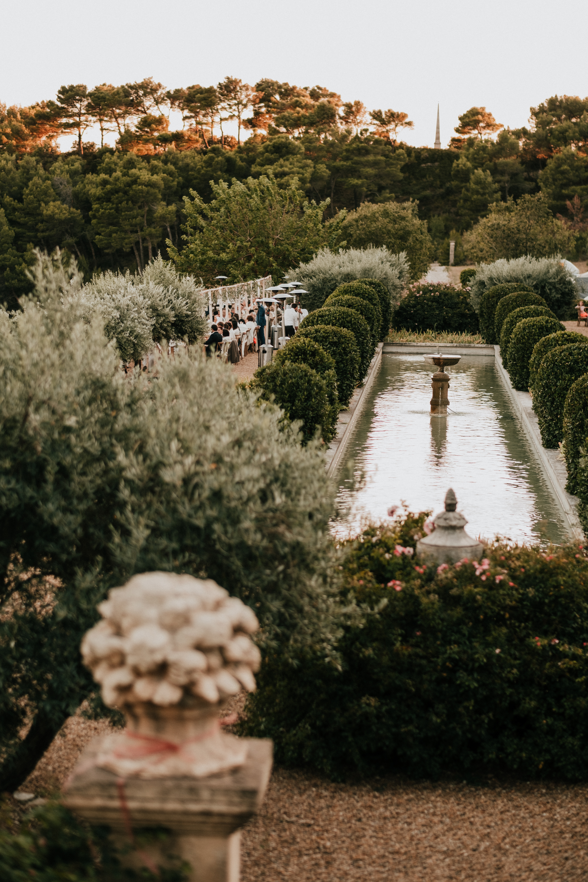 Best-Fontaine-de-Saumane-South-of-France-Wedding-Photographer-Don