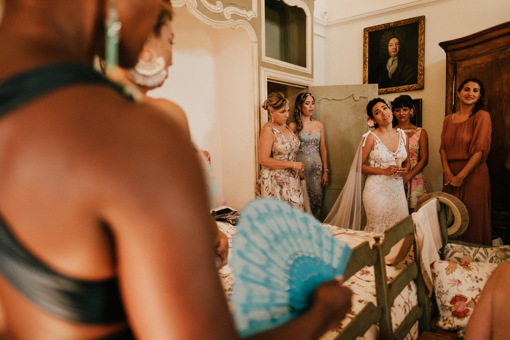 Fontaine-de-Saumane-South-of-France-Wedding-Photographer-donbringas
