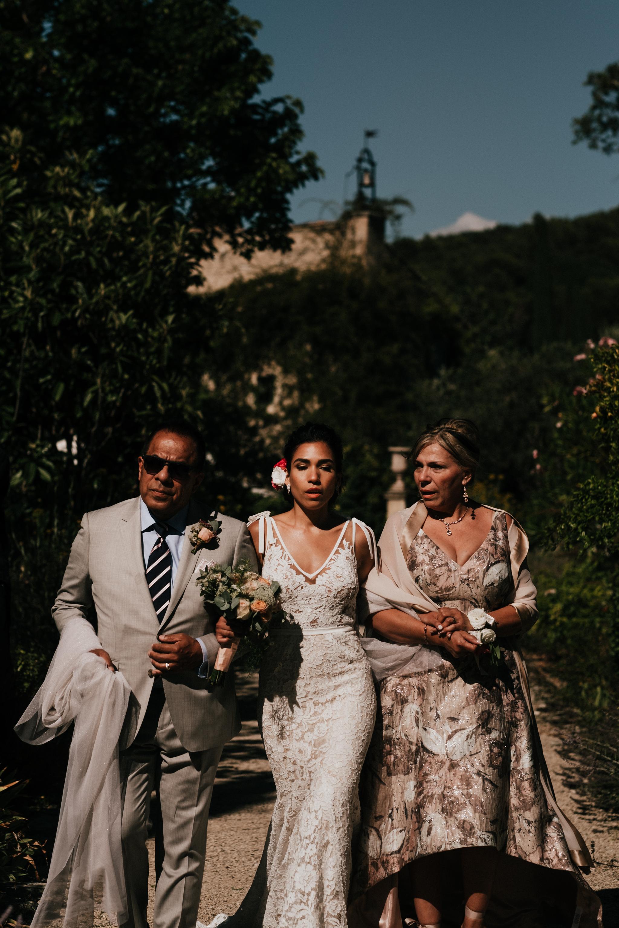 Fontaine-de-Saumane-South-of-France-Marseille-Wedding-Photographer