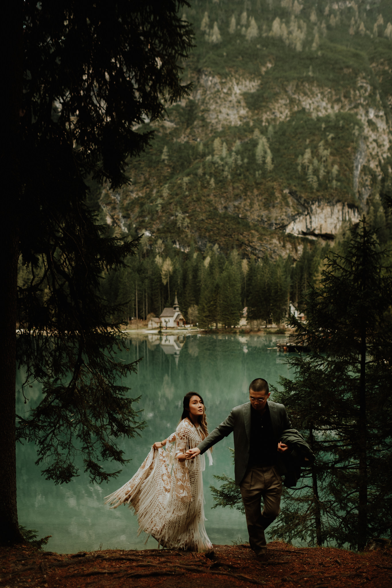 hotel lago di braies wedding photographers